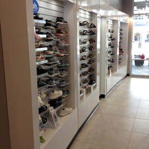 shoe-wall-display