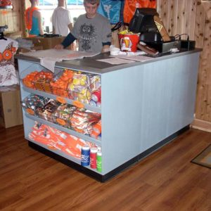 hooters-checkout-display