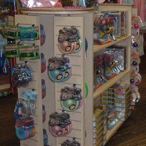 girl-toy-display